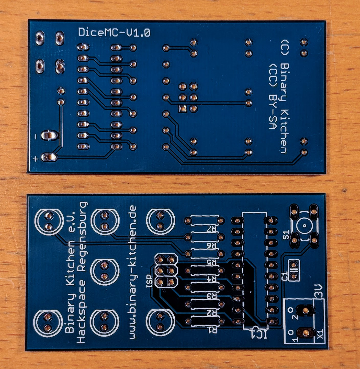 Dice with Microcontroller - A simple dice kit ideal for beginners